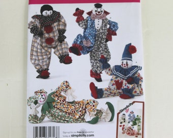 "Clowns sewing pattern Simplicity 2954 20"" Decorative Clowns"