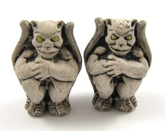 Big Ceramic Gargoyle Beads - 20x28mm, 2pc Gray #1451