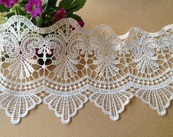 White Venice Lace for Altered Couture, Costume or Jewelry Supply, Home Decor, 2 Yards