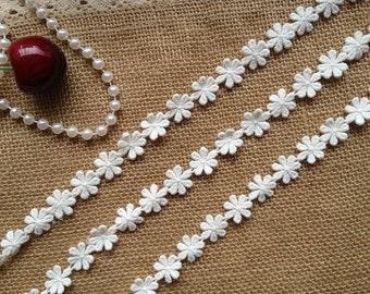 Off White Cotton Lace Trim Lovely Daisy Flower Trim For Scrapbooking, Home Decor, Appliques