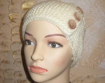 Women knitted headband with wooden buttons. Knit ear warmer.