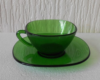6 Vereco France Pyrex Green Coffee Cups and Saucers