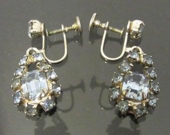 Vintage Jewelry Blue Rhinestone Screwback Earrings