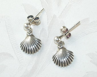 925 Sterling Silver Tiny Sea Shell Earrings