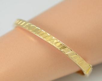 Vintage Handmade J. Fuset 14K Solid Gold Hinged Bangle Bracelet