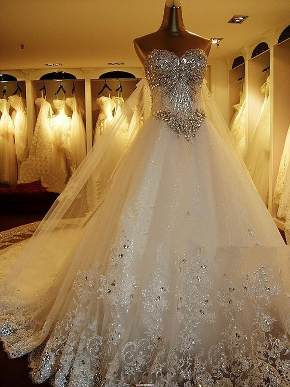 100% Handmade Crystal 1m long train Wedding Dresses,lace wedding gown,lace wedding dress
