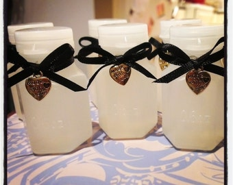 40 Wedding Bubble Bottles with Black Ribbon and Gold Made with love heart charm