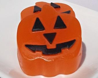 Jack O Lantern - Pumpkin Soap, Halloween Soap, Halloween Pumpkin Favors, Halloween Decor, Halloween Party - Set of 2