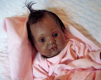 "CuSToM ""BLiNkiN"" EThNiC Reborn BaBy"