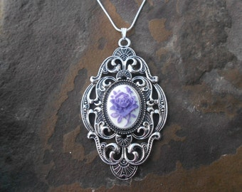 """Stunning Purple Rose Cameo Pendant Necklace---.925 plated 22"""" Chain--- Great Quality"""