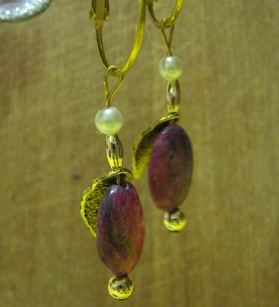 Handmade Gold Earrings with Rhodocrosite, Pearl & Leaf by IreneDesign2011