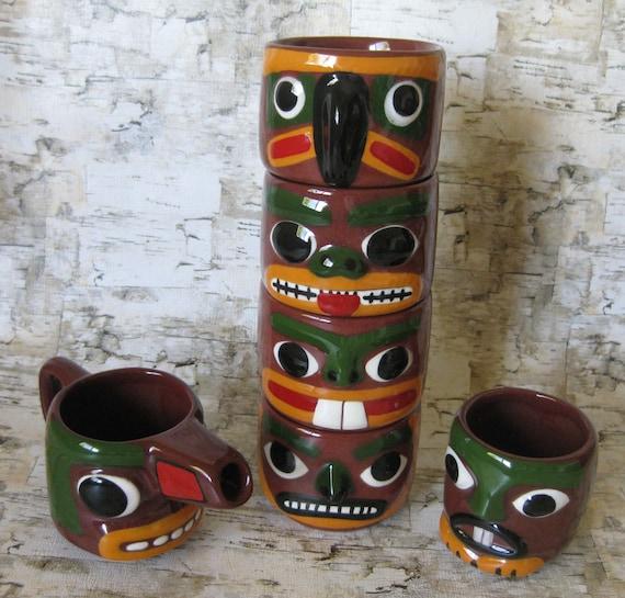 Blaisdell Totem Pottery 4 Stackable Mugs Creamer And Sugar