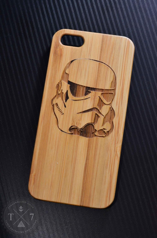 stormtrooper starwars wooden iphone 5 5s iphone 6 case walnut. Black Bedroom Furniture Sets. Home Design Ideas