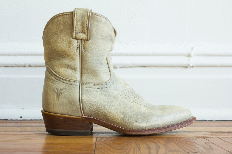 Frye Light Grey Tan Billy Short Cowboy Boots 8 5