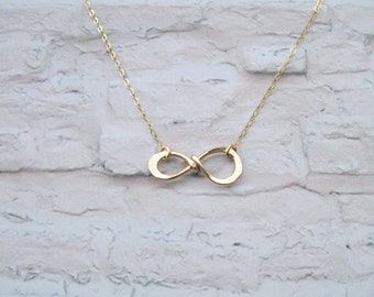Infinity Necklace, Gold infinity necklace, Gold filled necklace, Minimalist jewelry, Dainty necklace, Delicate necklace, Mother gift,