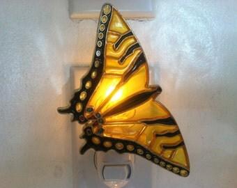 Butterfly Night Light  4 watt  on/off switch