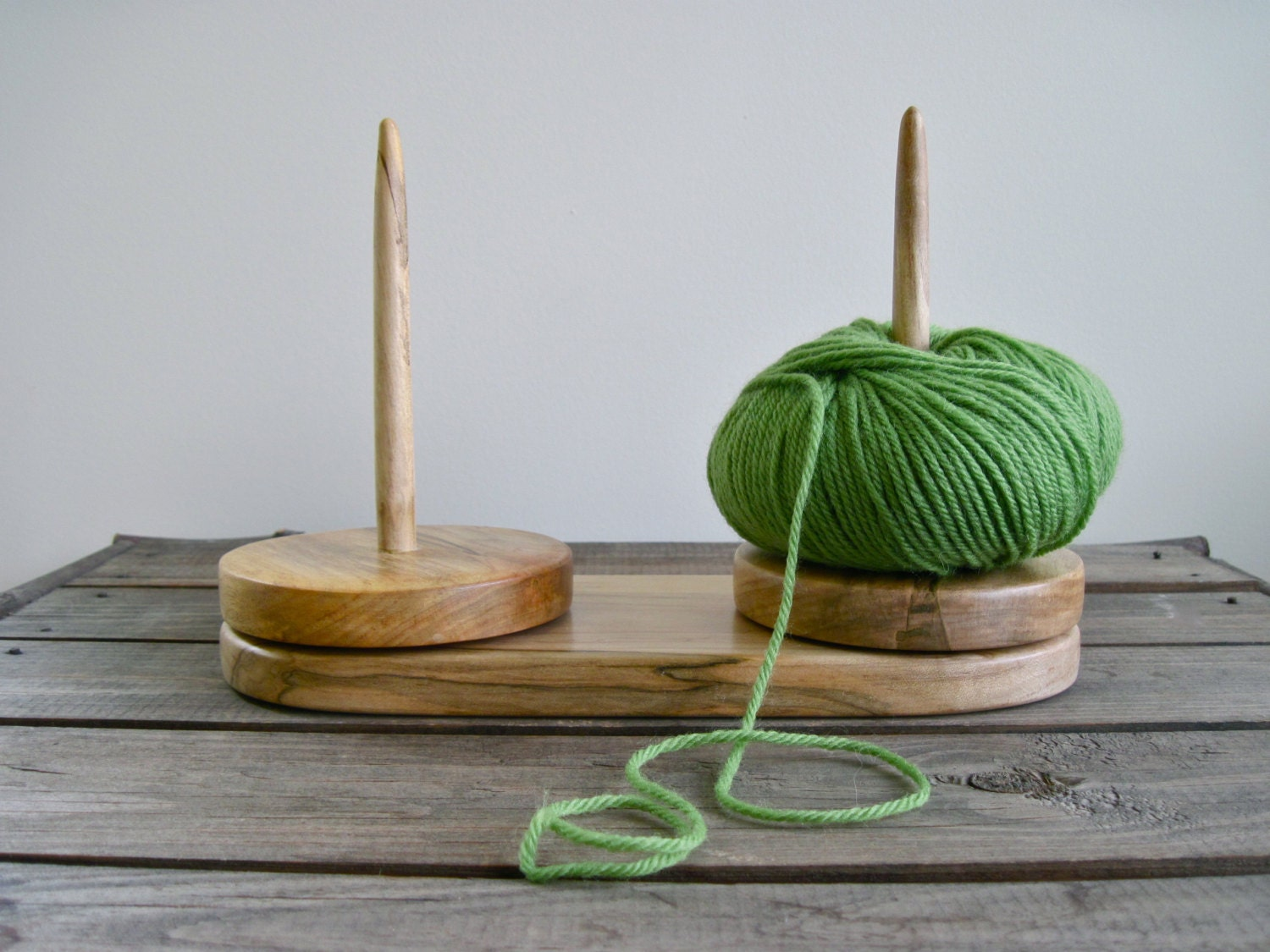 Knitting Yarn Holder : Yarn caddy double holder for knitting and crochet