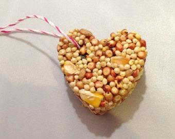 50 Bird Seed Heart Shaped Favor MINI- Wedding and Events - bird seed favor