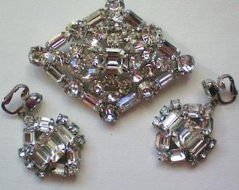 Huge Glittering Rhinestone Brooch & Dangle Earrings - 3097
