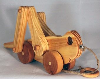 Wooden Pull Toy Grasshopper, Child Safe, Hand Made, Eco Friendly by GiggleTree Toys