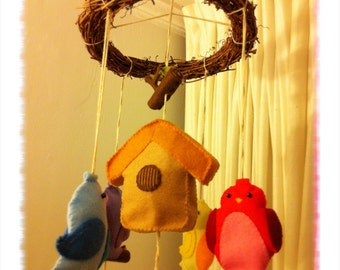 Felt Birdies Baby Mobile