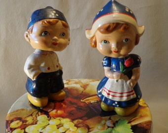 Dutch BOBBLE HEAD dolls