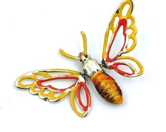 SALE - Fun Butterfly Brooch with Moving Wings