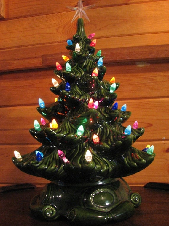 Vintage Atlantic Mold Ceramic Christmas Tree