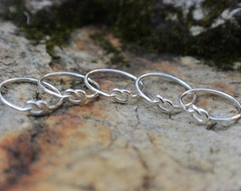 Love Knot Ring Set of 5 (five) Sterling Silver Bridesmaid Friendship Ring Celtic knot Argentium