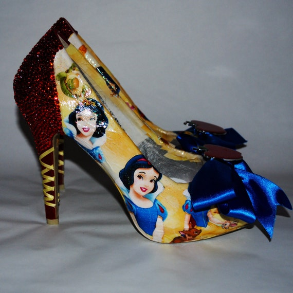 snow white custom shoes