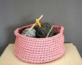 Crochet Basket, T-shirt Zpagetti Basket in Dusty Pink