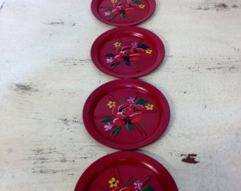 1950's Cherry Red Tin Ashtrays with Handpainted Rose and Daisies Set of 5, Vintage Tin Ashtray set, 1950's Vintage Ash Tray, 50's Tin Tray