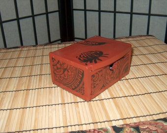 Small jewlery box with mirror. Butterfly and lotus design on top. Felted bottom