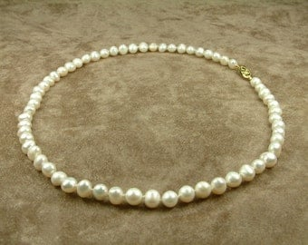 White Pearl Necklace 6 - 7 mm (Κολιέ με Λευκά Μαργαριτάρια 6 - 7 mm)