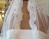 VeIl, Point d'Esprit veil, Romantic veil, Diamond white, Beaded lace, Shoulder length, Lace veil, Wedding veil, Bridal veil- HEARTFELT Veil