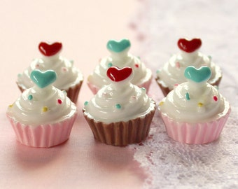 6 Pcs 3D Hearts and Sprinkles Cupcake Cabochons - 15x15mm