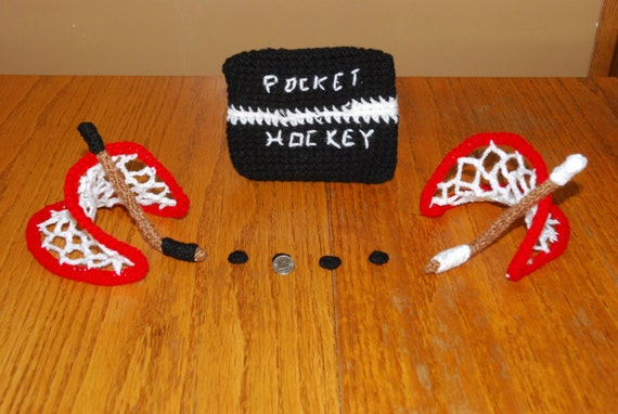 crochet travel game:pocket hockey set