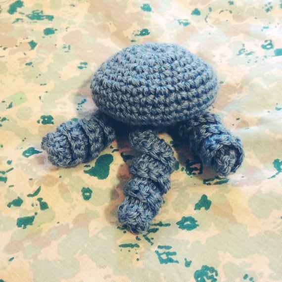 Crochet Jellyfish Cat Toy by FizzlesFolly on Etsy