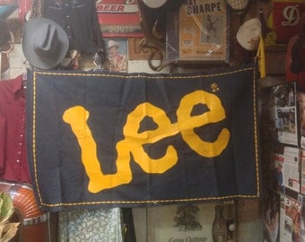 """Vintage early 1970s Lee Jeans Denim Store Banner 38"""" X 64"""" Exellent Condition"""
