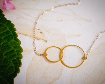 14k Gold Filled Infinity Layering Necklace - Interlocking Circles - Dainty Gold Layering Necklace - Gold Infinity Necklace
