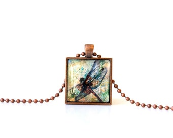 Pendant Necklace | dragonfly jewelry | green and yellow