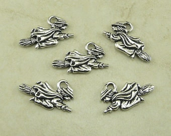 5 TierraCast Flying Witch Charms > Halloween Wicked Magic Wicca Coven - Fine Silver Plated Lead Free Pewter - I ship Internationally 2379