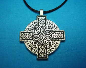 Large Circular Celtic Cross, Handmade, Handcast in Lead Free Silver Pewter, closed design STK001