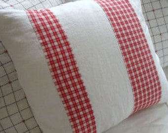 """French Red Plaid Pillow/Cottage Pillow/Shabby Chic/White Linen 18"""" Decorative Pillow/Throw Pillow/Beach Decor/Americana"""