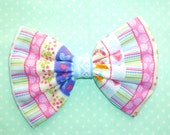 SALE Medium Lovely Birdy Bow hair clip