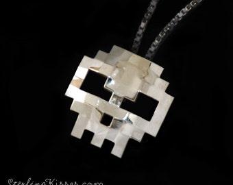 Skull Pendant 8-bit Sterling Silver