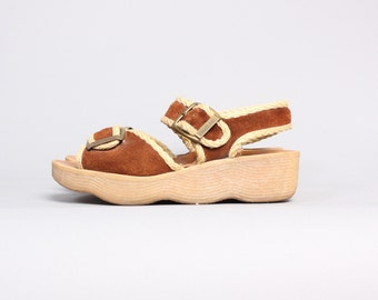 70s FAMOLARE SANDALS / Brown Rope Trim Leather Wedge Sandals, 7-7.5
