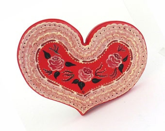 Vintage Wooden Tole Painting / Handmade heart / wedding gift / Hand painted wood decorative item / Red pink wall decor Floral /  7.5 x 10