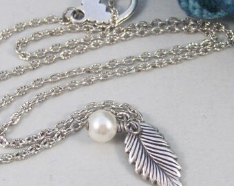 Antique Leaf,Necklace,Leaf,Antique Necklace,Personalize,Woodland,Wedding Jewelry,Birthstone Necklace,Birthstone,Pearl. valleygirldesigns.