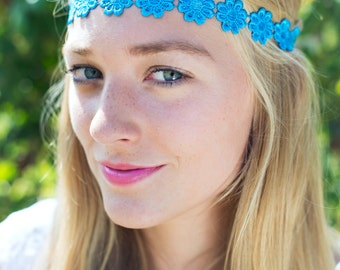Bright Blue Daisy Headband, Daisy Trim Elastic Headband, Hippie Hair Accessory, Cute Floral Hairband